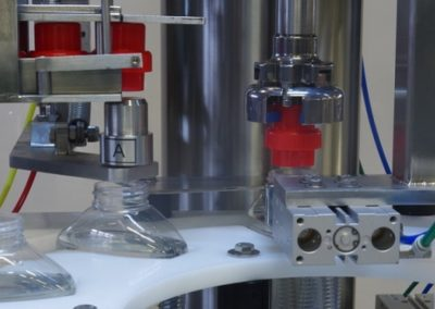 Polish customer implements servo-controlled sealing machine