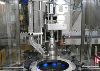 1Kops sluitmachine voorzien van versterkte en speciale fles formaat sets